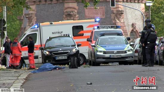 德犹太教堂枪击案:总统总理致哀 枪手有多项指控