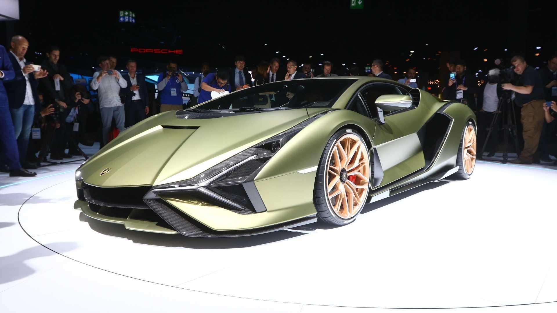 兰博基尼计划于2025年推出纯电动四门GT