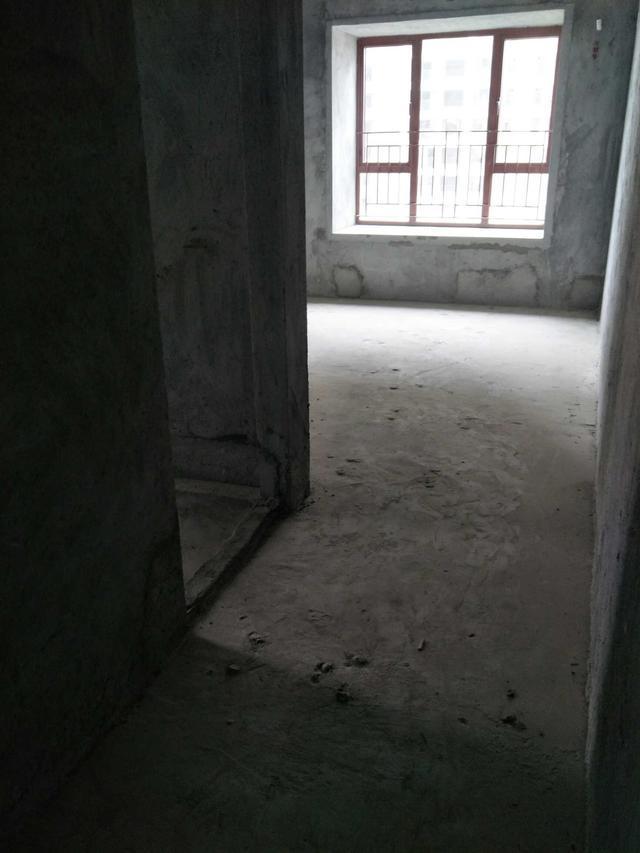 买房之后没钱装修,打算直接入住毛坯房,是不是太荒唐了?