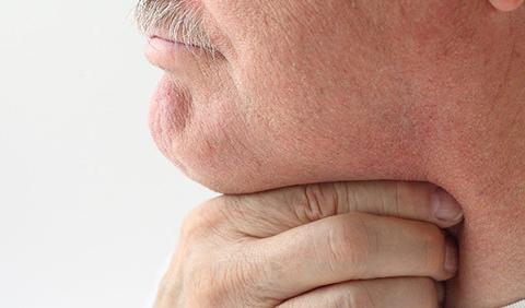 """慢性咽炎反复发作,难以根治?6物坚持吃,咽炎乖乖""""远离"""""""