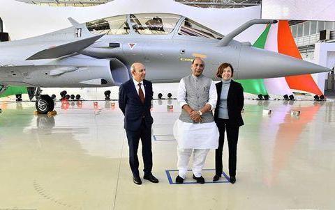 比五代机F35还要贵3倍!印度空军下血本买战机,卖家都装备不起