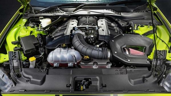 跑车销量王出新款,搭V8输出710匹马力,中国车迷看看就好