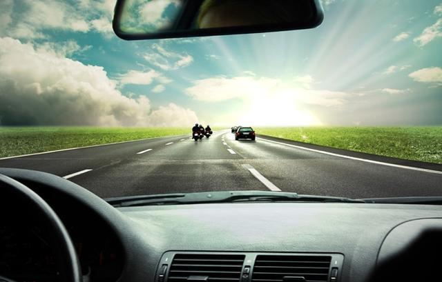 路口掉头怎么才能一把过?老司机只教你2招,新手也能秒学会
