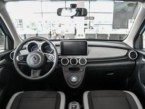 13万左右裸车价的纯电动微型车:全新欧拉R1,代步好选择