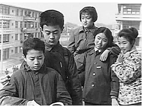 谢彦波11岁进中科大少年班,15岁硕士、21岁博士,现在是大学教师