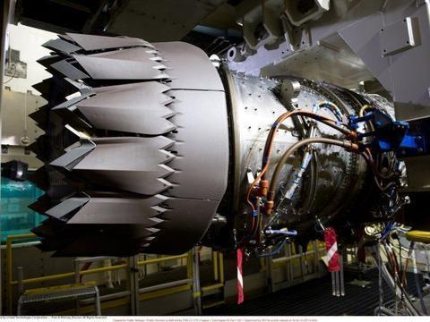 美军全部F35的发动机升级,推力涨10%,油耗少6% 还有变循环型号