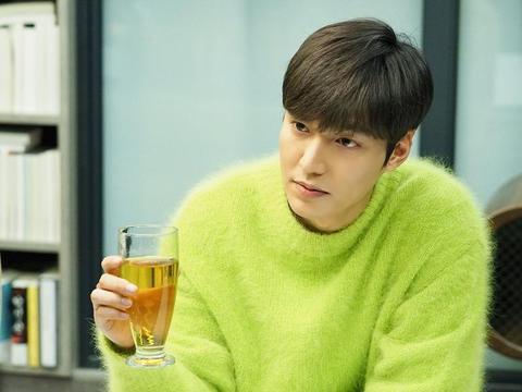 """有一种""""整容""""叫32岁的李敏镐,当他退伍回归后,更有男性魅力了"""