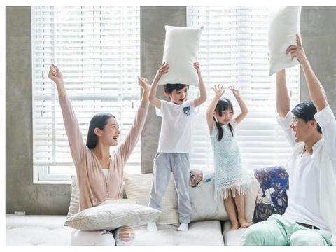 儿童节家长应该怎么陪孩子过?父母要向孩子学习,与孩子共同成长