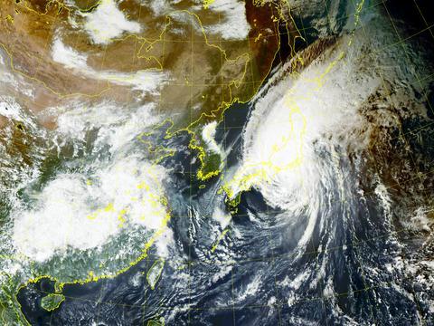"""冲1000毫米!日本发出""""超红色预警"""":东京附近暴雨或创纪录!"""