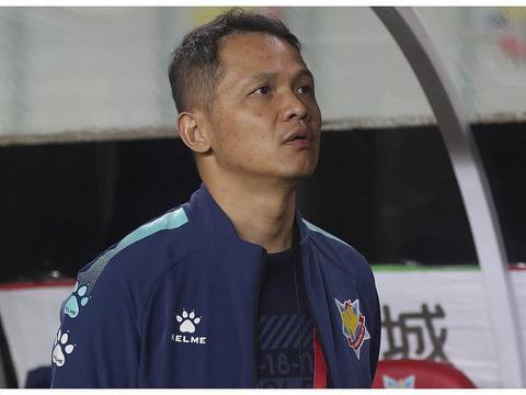 朱炯:只要老板懂足球体育规律,坚信万博申鑫可以重新来过