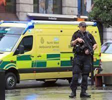 英国商场持刀伤人男子被指犯下恐怖主义罪名