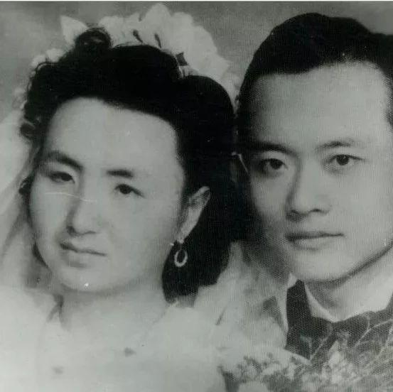 """泪崩! 夫妻双双捐献遗体, 死后10余年竟""""重逢""""..."""