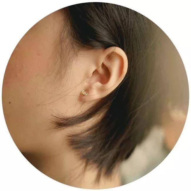 湿热、消化不良、胃粘膜萎缩…这些疾病从耳朵形状就能看出来!