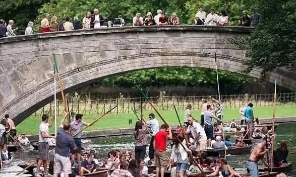 中国游学团挤爆英国,家长花的大价钱到底值不值?