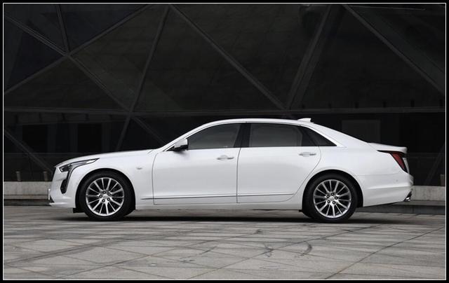 使用10AT的合资轿车,405超大动力车身和轴距尺寸比奥迪A6L还大