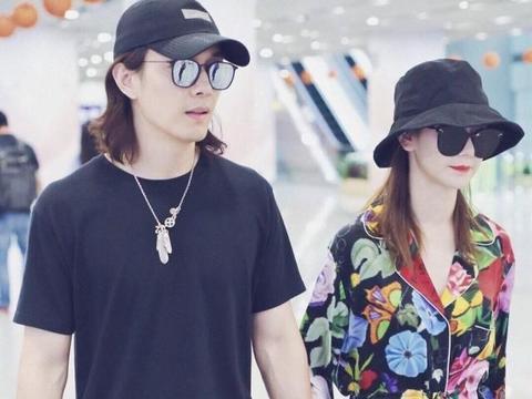 戚薇李承铉夫妇现身《快本》,秀恩爱唱《小幸运》