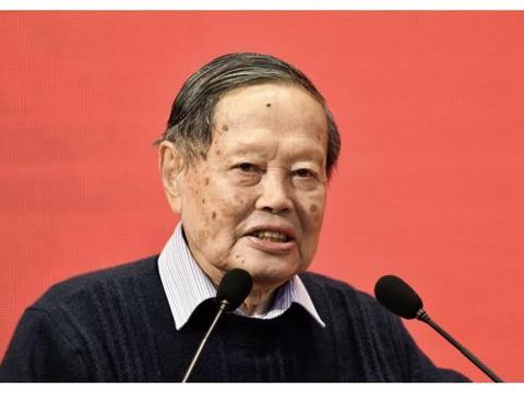 中国要建大型粒子碰撞机,杨振宁为何坚决反对?终于知道理由了