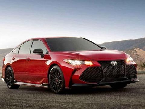TRD版的亚洲龙,外观更激进,还搭载3.5升V6发动机