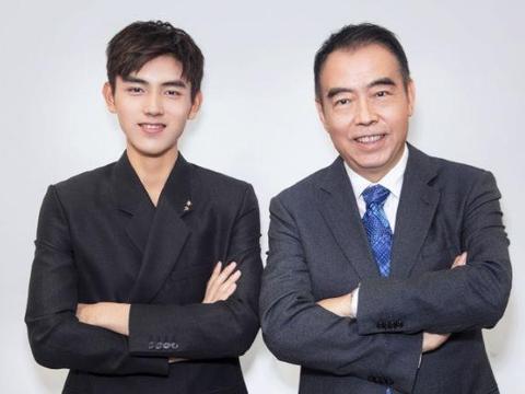 陈凯歌小儿子当明星受力捧,大儿子攻学业从商,星二代果然不一般