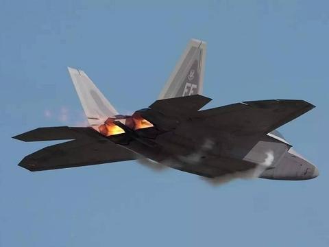 除了美国空军外,这支部队也装备F22战机,俄承认:战力不容小觑