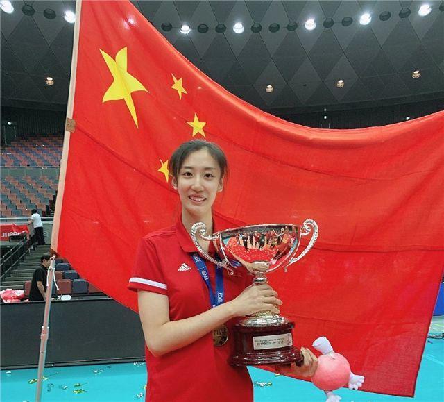 苹果之乡迎来首个女排世界冠军!领导嘱托她:为宣传家乡尽一份力