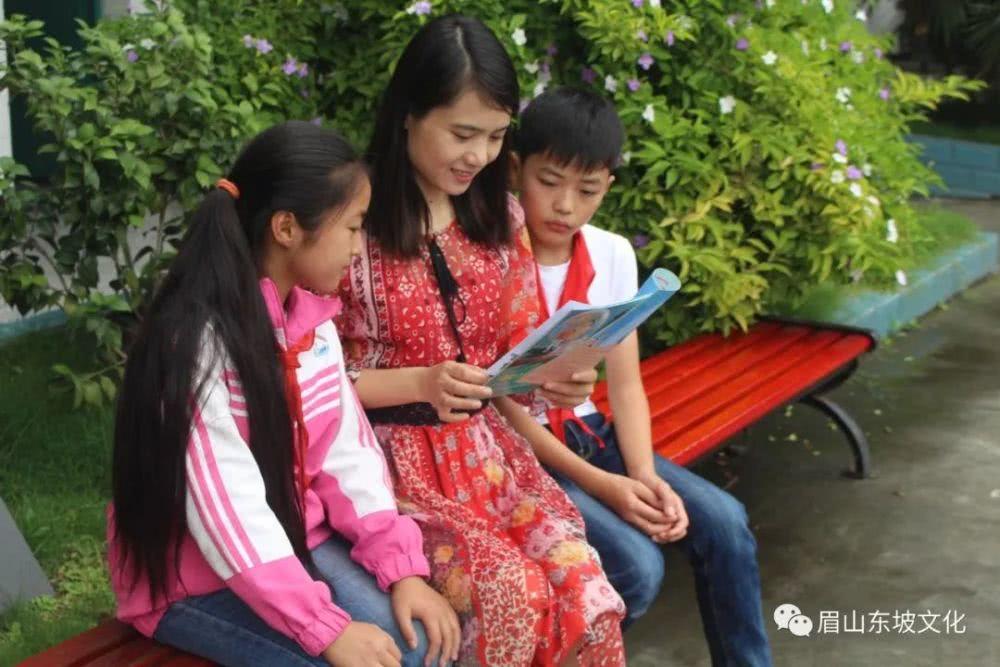 刘亚勤:在农村教育的沃土上默默耕耘