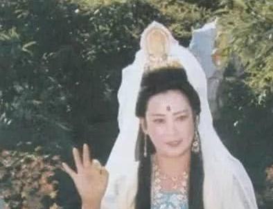《西游记》演员现状:嫦娥远嫁美国,高翠兰有气质,而她去世多年