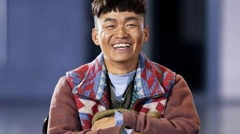 王宝强被喷没文化?没想到刘昊然的高考数学,竟是他帮忙复习的