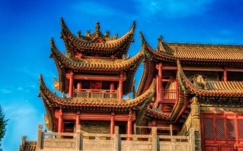 艺术结构精湛,浓郁民族风格的古建筑,重点历史文物