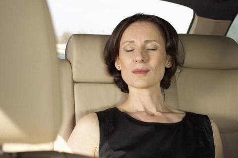 女性开车坐车最让人受不了的5大陋习