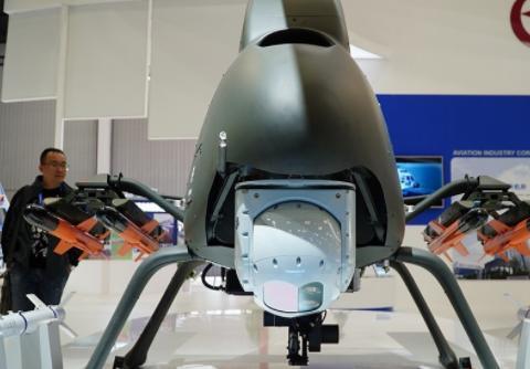 国产察打无人直升机曝光,可携带一挺机炮4枚导弹,火力相当凶猛