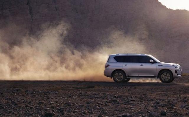 400马力能战阿拉善,日系大型豪华SUV比路虎牛逼,如今新款来了