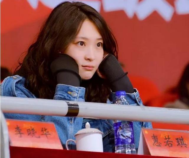 谁是中国女排最漂亮的球员看看惠若琪和张常宁,郑益昕成颜值担当