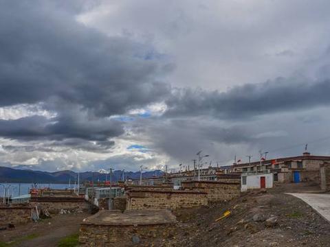 世界上海拔最高的村落,他们用牛粪灰铺路,去过的人寥寥无几