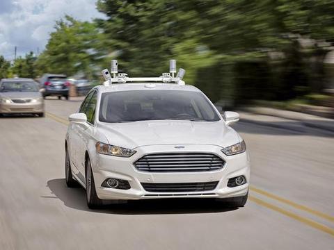 真正的自动驾驶汽车何时才能来?