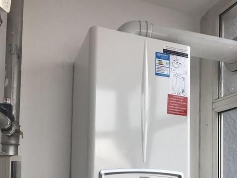 太阳能热水器、电和燃气热水器哪种好?