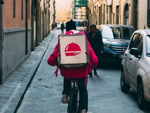 爱点外卖的人当心:新研究发现外卖包装或致癌