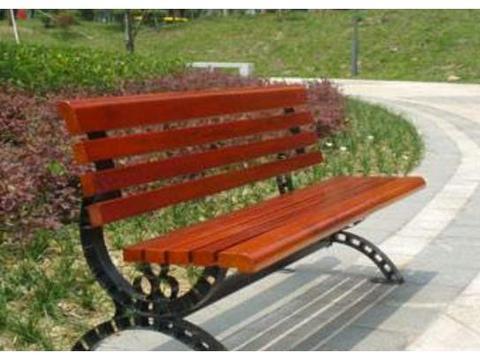 心理学:你很累,你会坐哪个长椅休息?测出你靠什么才华吃饭