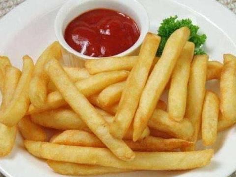 麦当劳肯德基到底什么区别?老外将薯条装罐子3年,结果让人服气