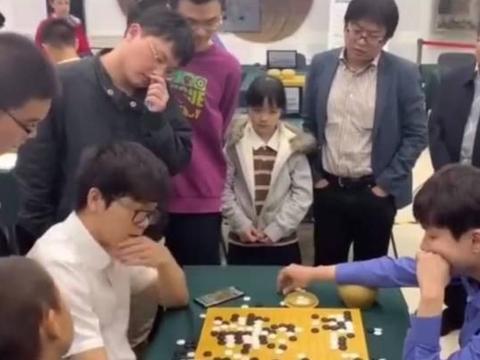 百合杯-柯洁带领队友团灭韩国棋手 八强中国占七席