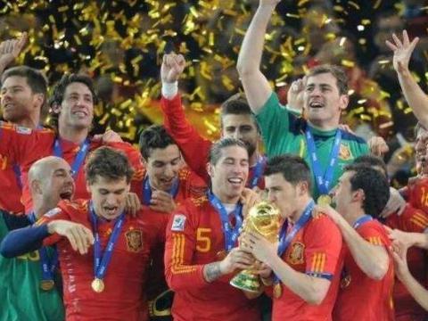99年来首次!西班牙首发11人来自不同球队 皇马巴萨衰落已成事实