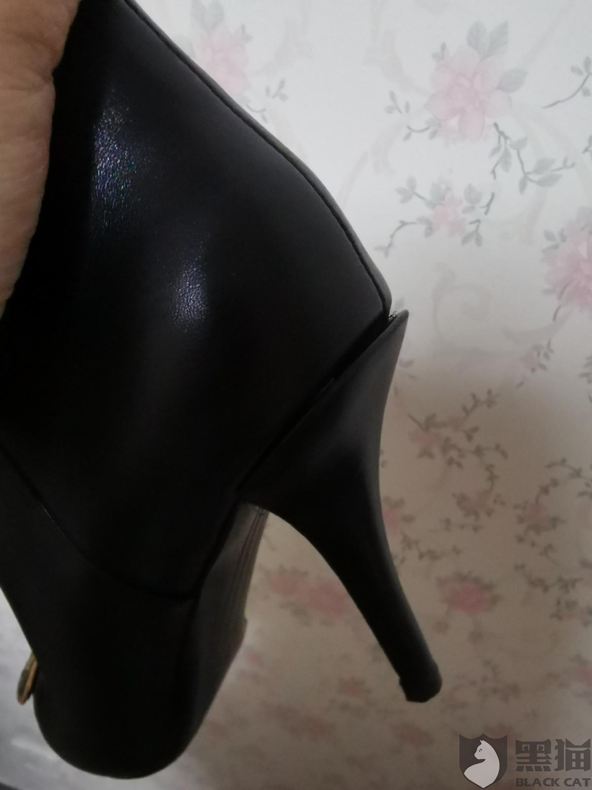 黑猫投诉:投诉北京老佛爷stellaluna店女鞋,高跟鞋整个后跟,开胶,门店不予处理