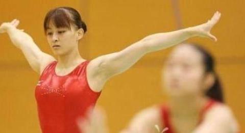 曾是中国体操队长,出国留学为爱情入籍日本,并为它获得多次冠军