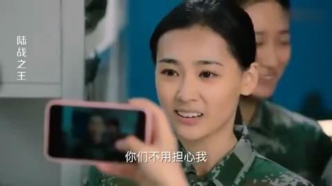 陆战之王:女兵进部队剪头发,及其不愿,剪发时留下不舍眼泪