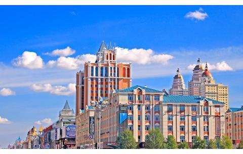 """最""""奇怪""""的一个城市,外国人像在自己家,而中国人却像是出了国"""