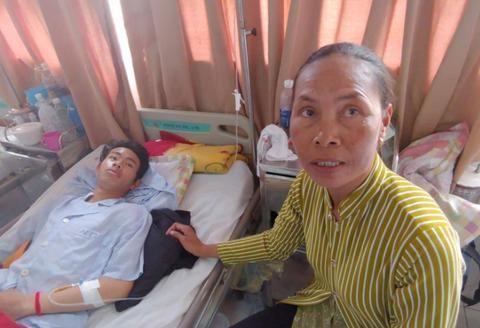 21岁男子因父亲患病无钱医治,自己月薪不到1千绝望喝农药引热议