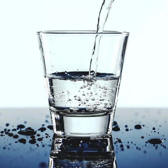 这些饮用水不合格!请谨慎购买!