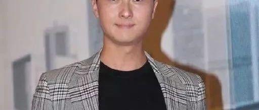 TVB视帝新剧陷三角关系拍完后好伤心 自曝拍吻戏不需要向老婆报备