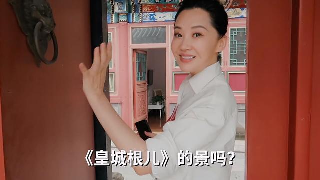 50岁许晴穿婚纱仍少女感爆棚,自认如今母爱爆棚,依然期许当妈妈