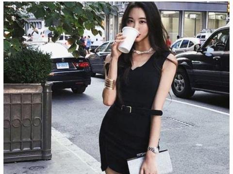 高挑的女生,选购包臀的连衣裙,将有致的体形和美腿秀出来